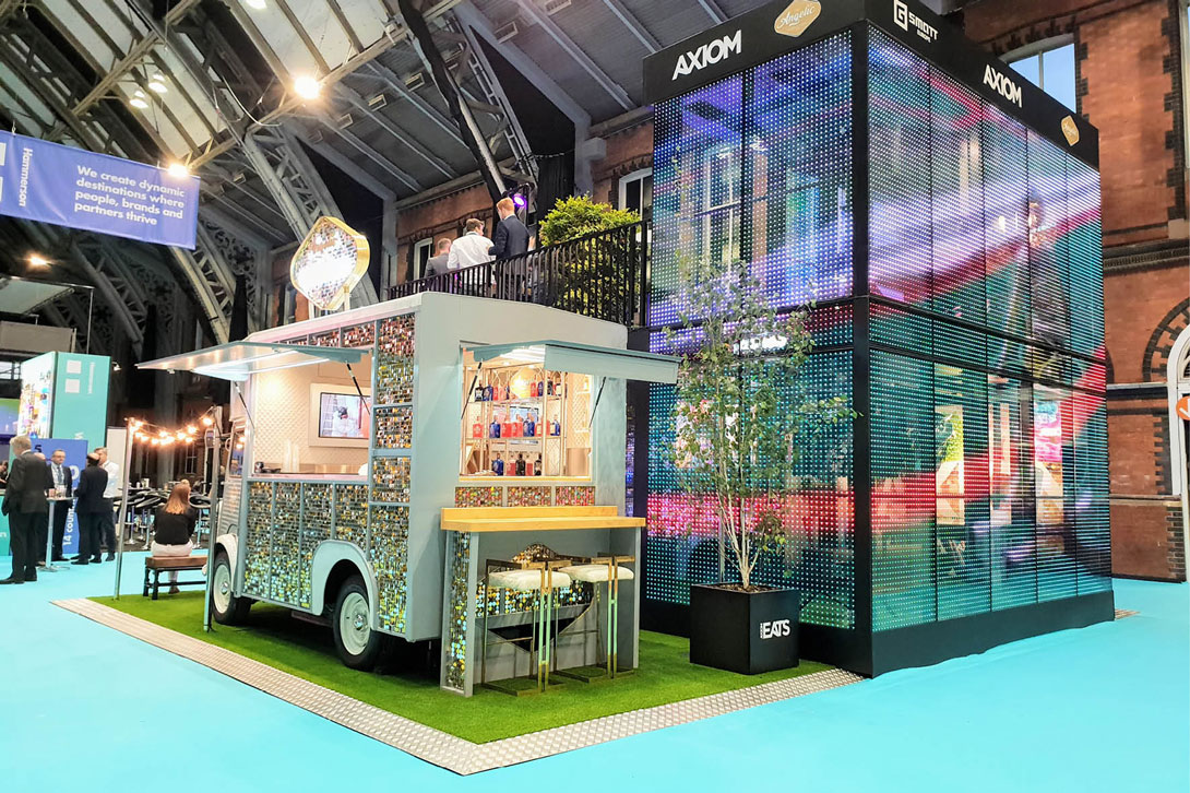 Great idea for parties, events and exhibitions and corporate events, the sparkly food truck by Angelic Bar