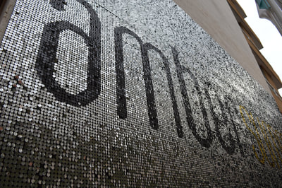 Shimmering sequin wall for Summer Beach club Monaco