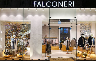 Visual merchandising for fashion store Italy